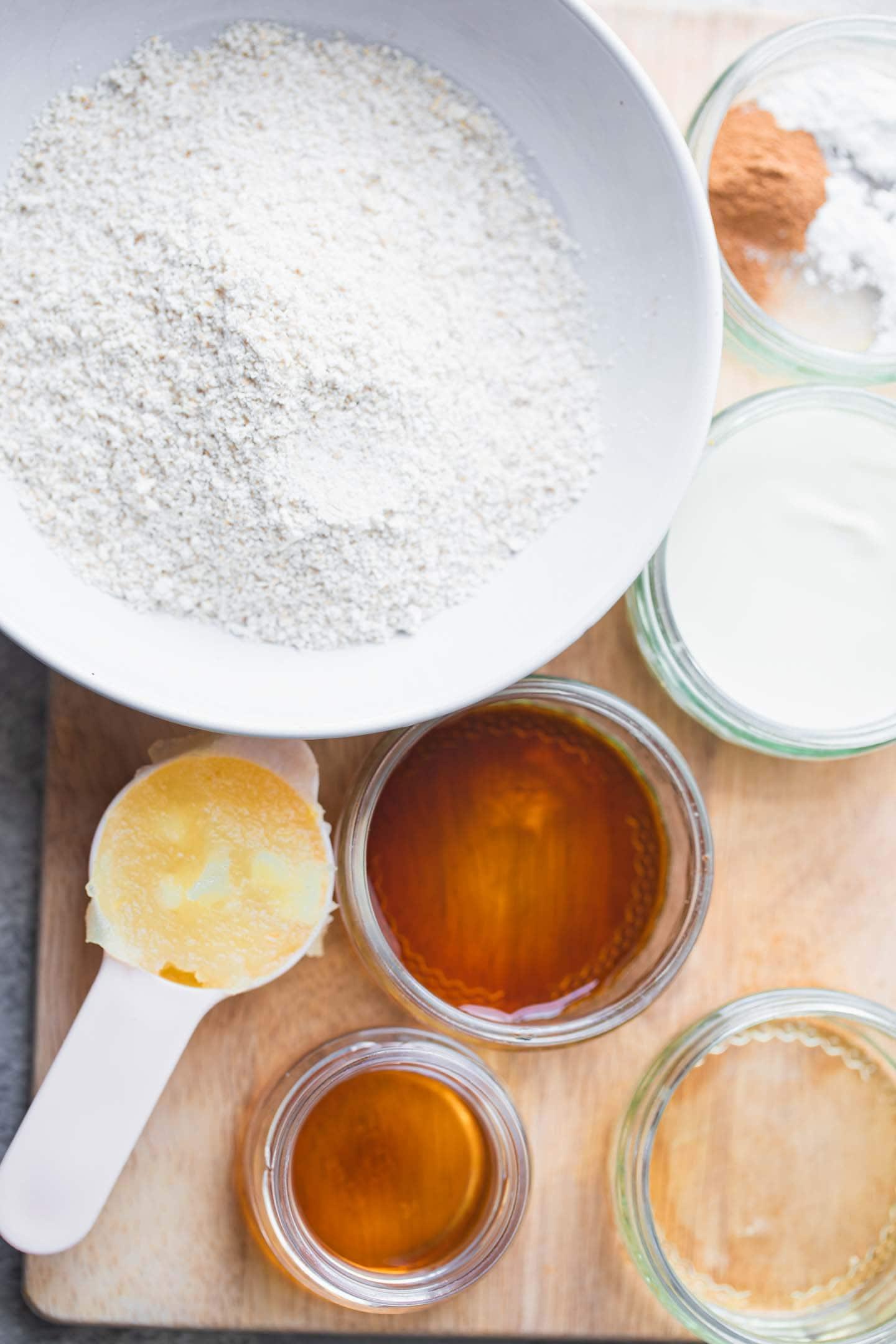 Ingredients for vegan cinnamon pancakes