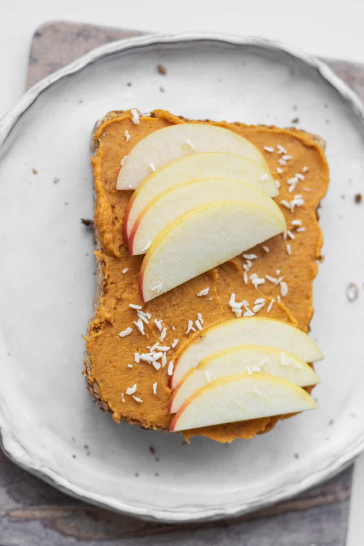 Vegan toast with sweet pumpkin spread