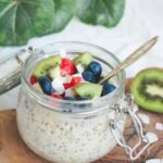 Overnight Chia Oatmeal With Cashew Butter and Berries