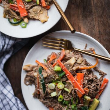 Miso Tahini Soba Noodle Stir-fry With Oyster Mushrooms-9