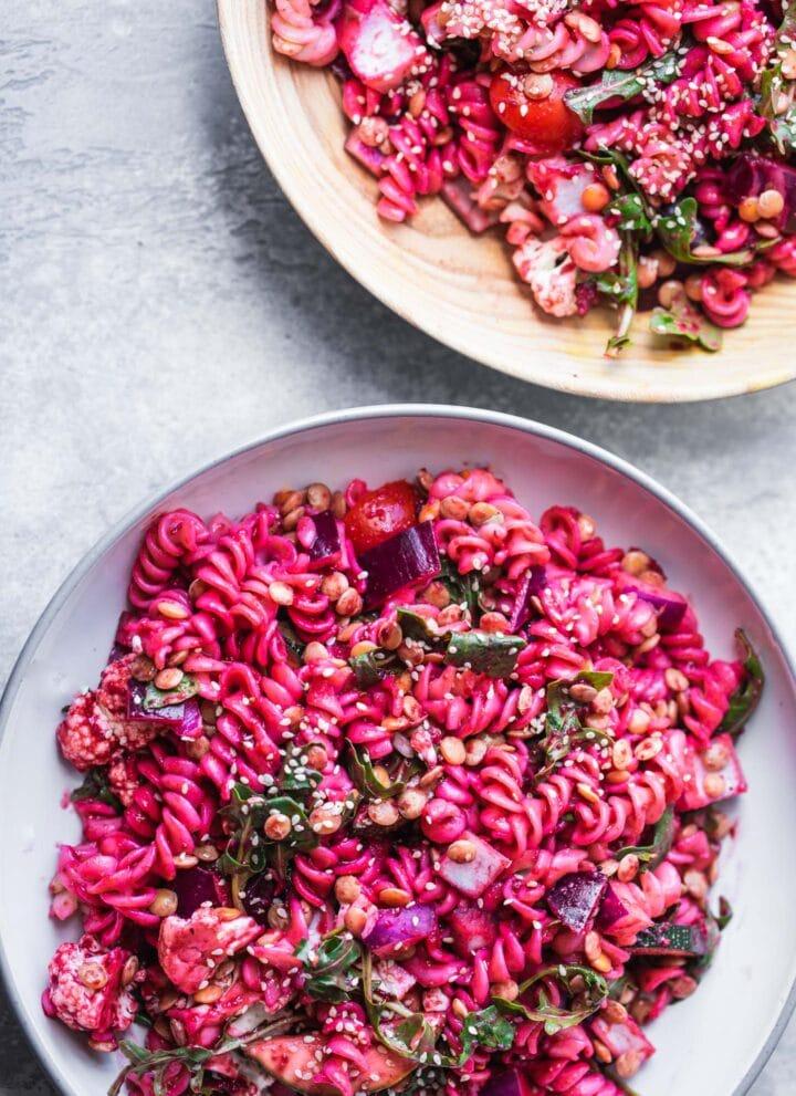 Vegan beetroot pasta salad with green lentils