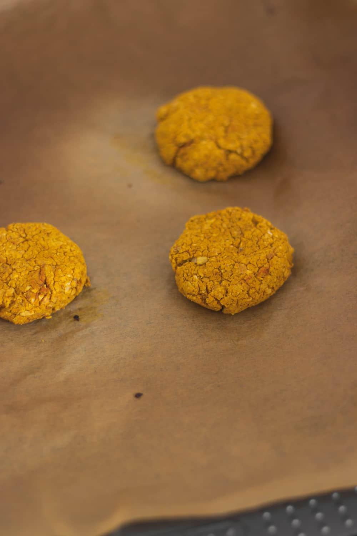 Vegan baked and oil-free falafels