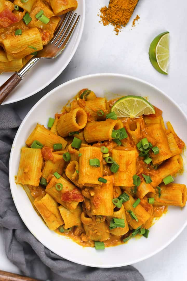 Pumpkin curry pasta Pastabased