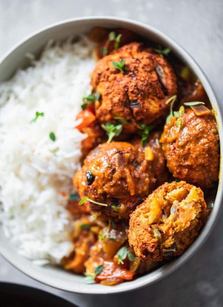 Vegan Lentil Meatballs In Curry Sauce