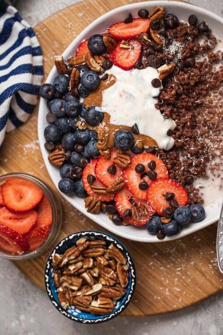 Chocolate buckwheat with berries