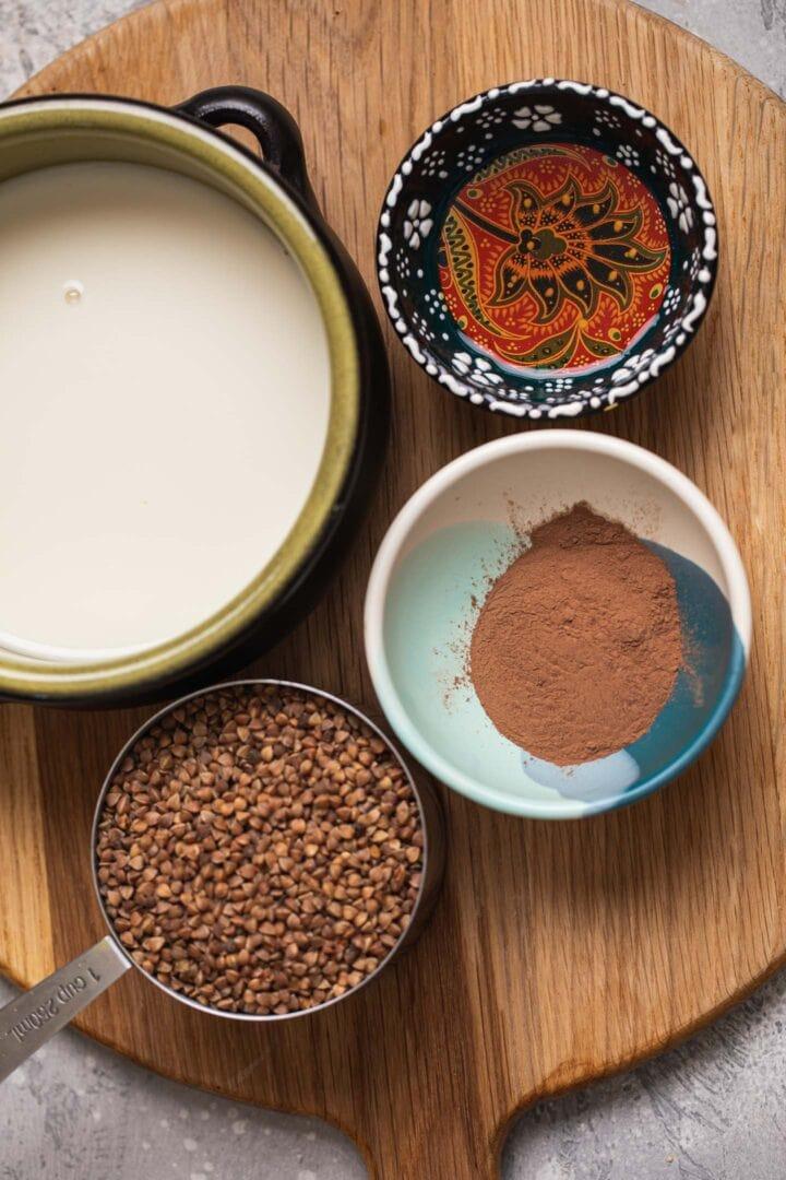 Ingredients for buckwheat porridge