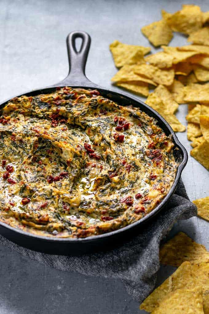The Best Vegan Spinach Artichoke Dip