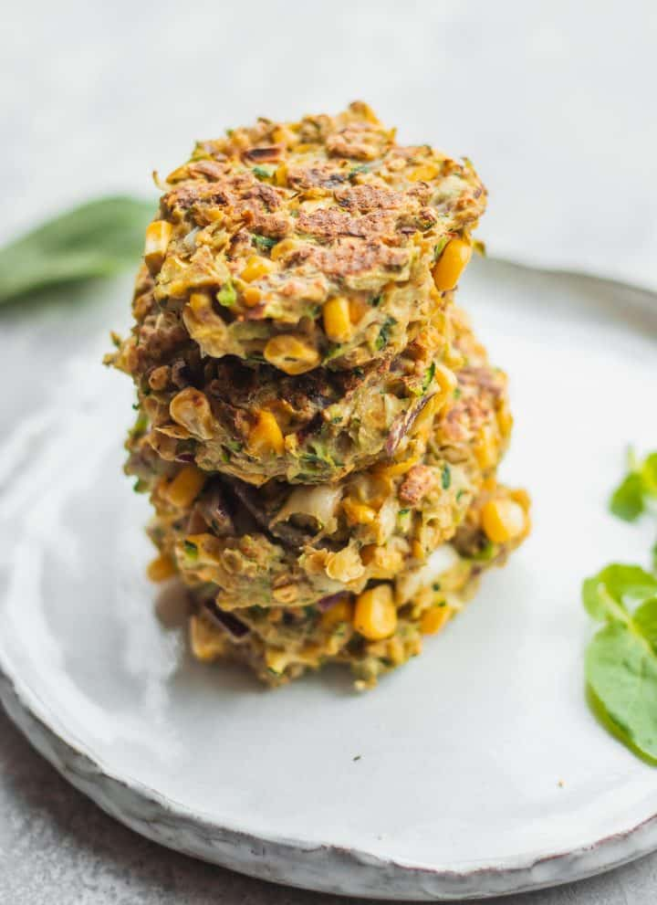 Vegan zucchini fritters with red lentils