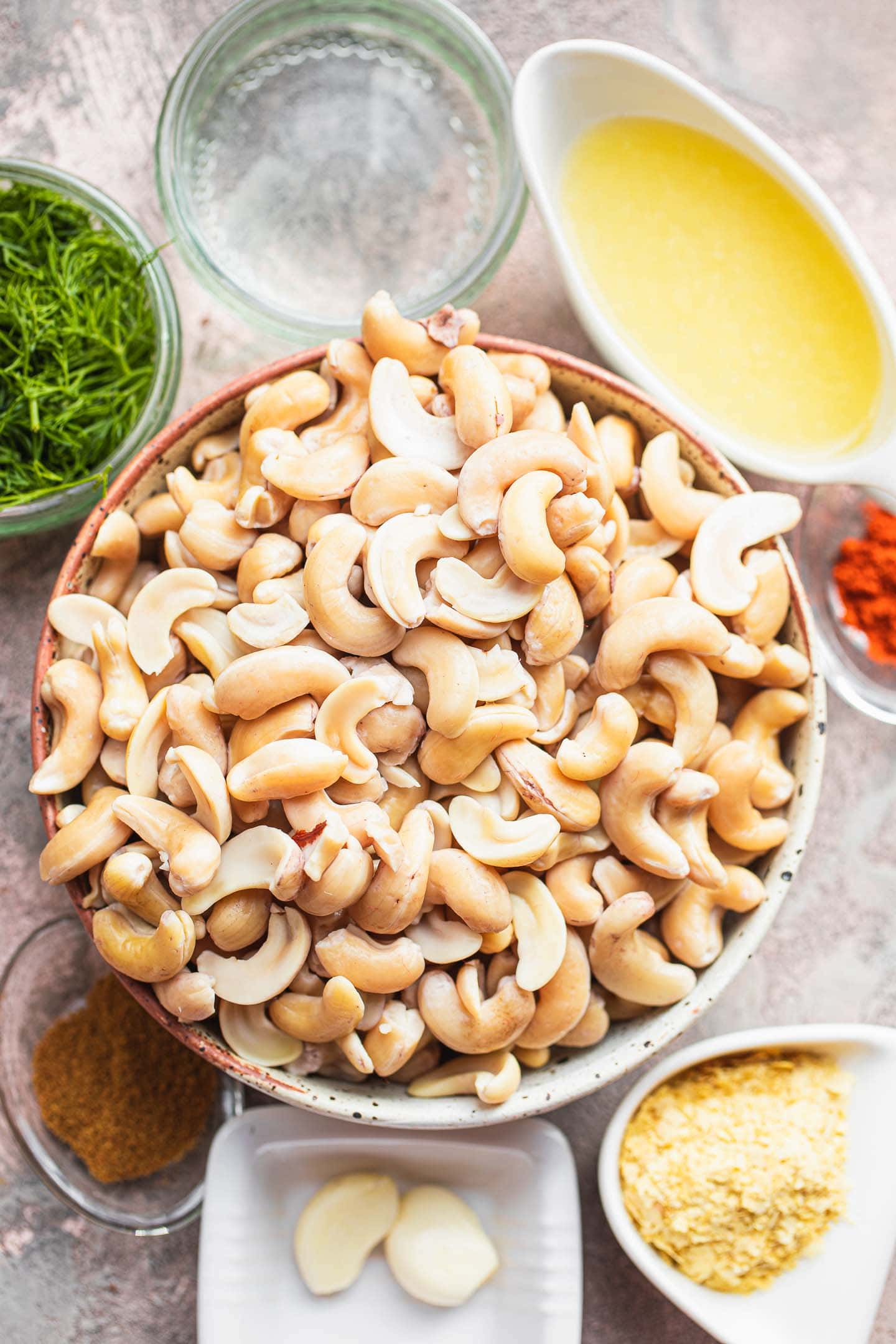 Ingredients for vegan cashew cheese