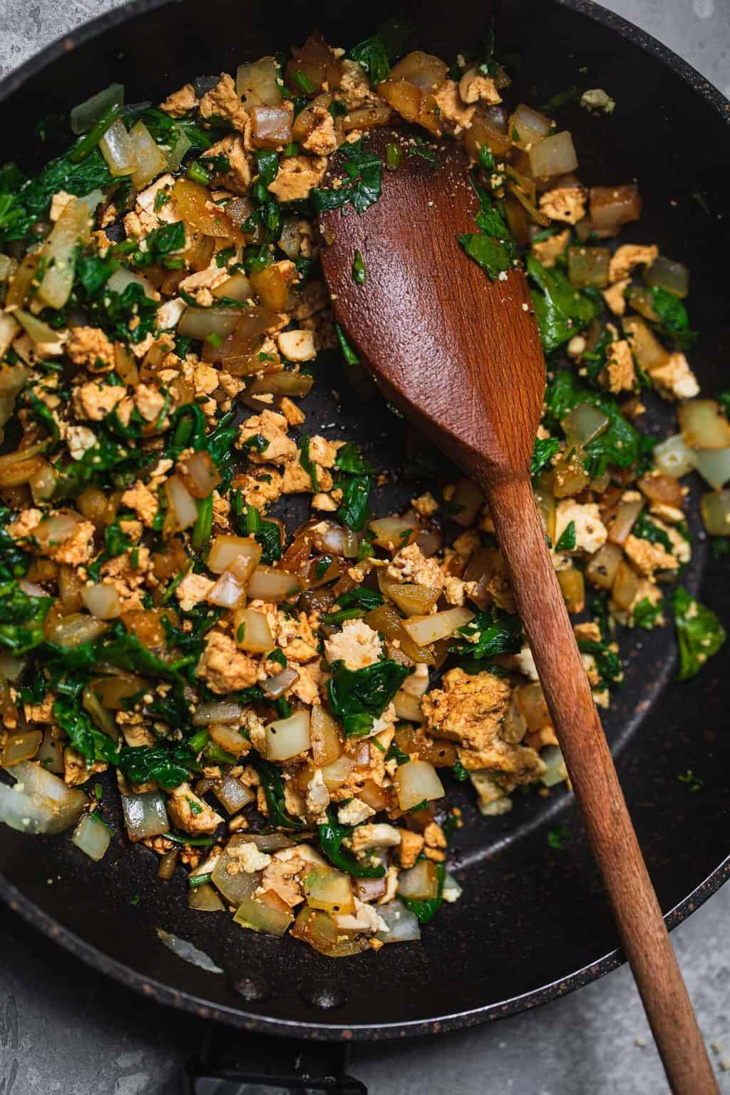 Tofu and spinach ravioli filling