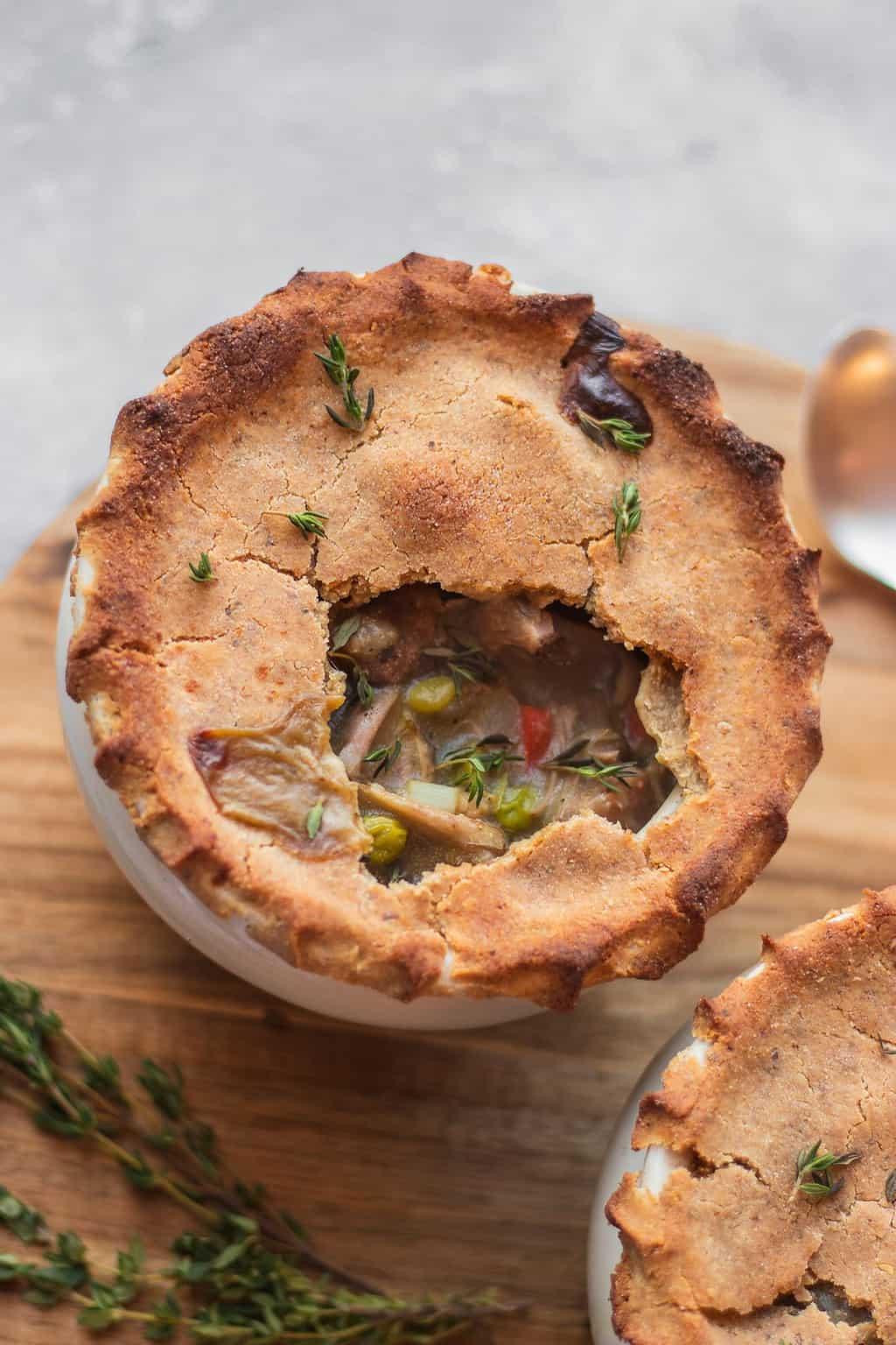 Vegan pot pie with jackfruit and vegetables