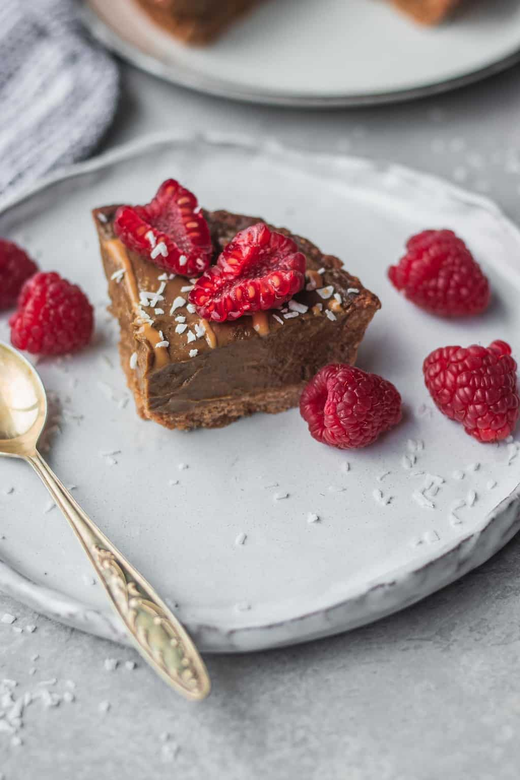 Chocolate avocado mousse tart vegan