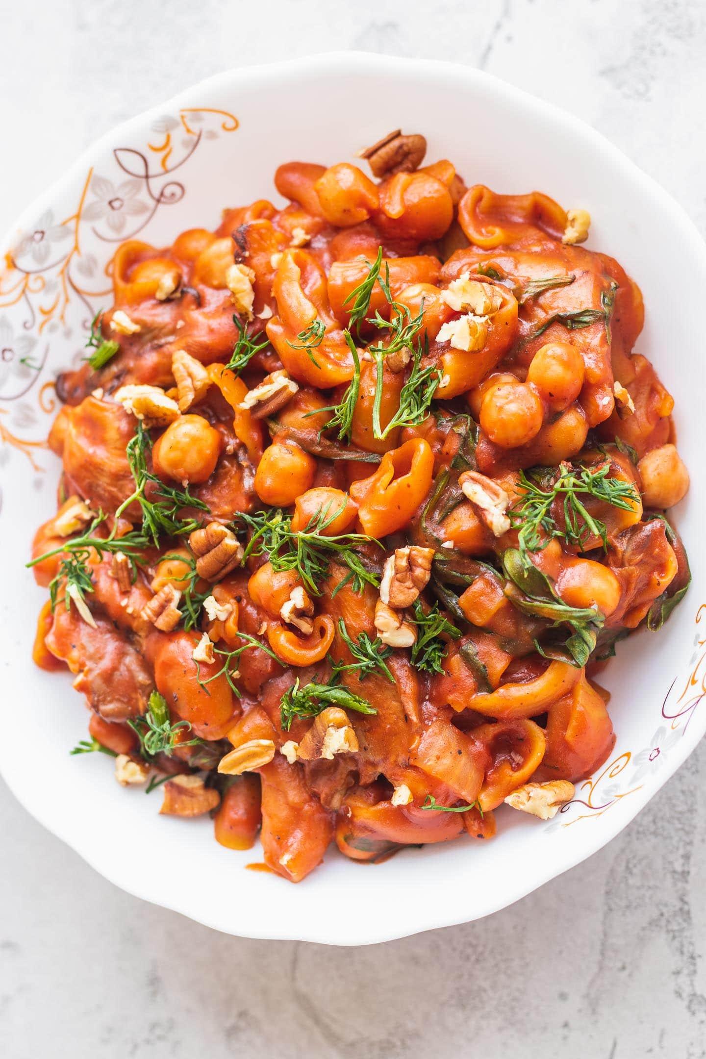 Vegan one-pot chickpea pasta gluten-free