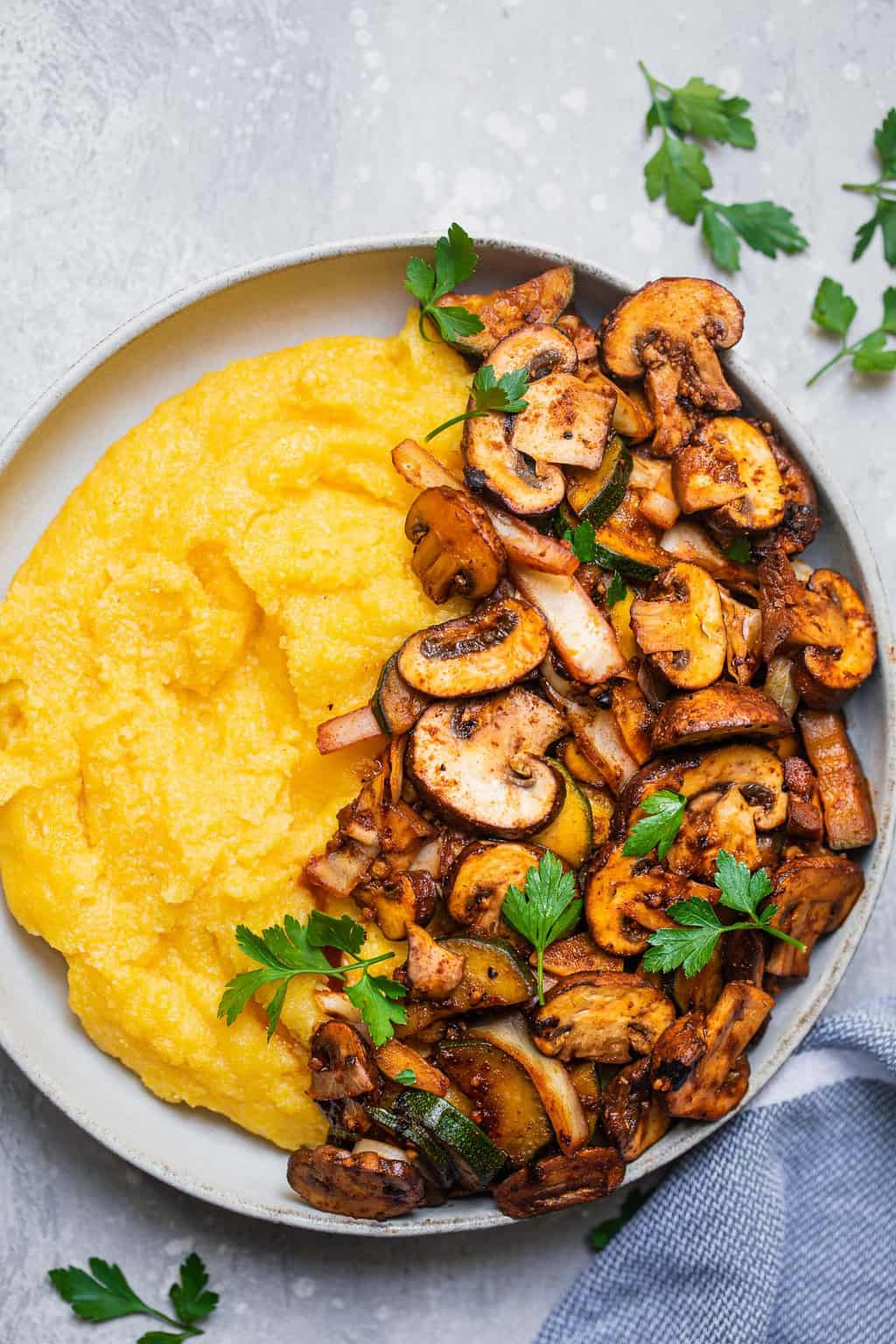 Polenta bowl with mushrooms and vegetables