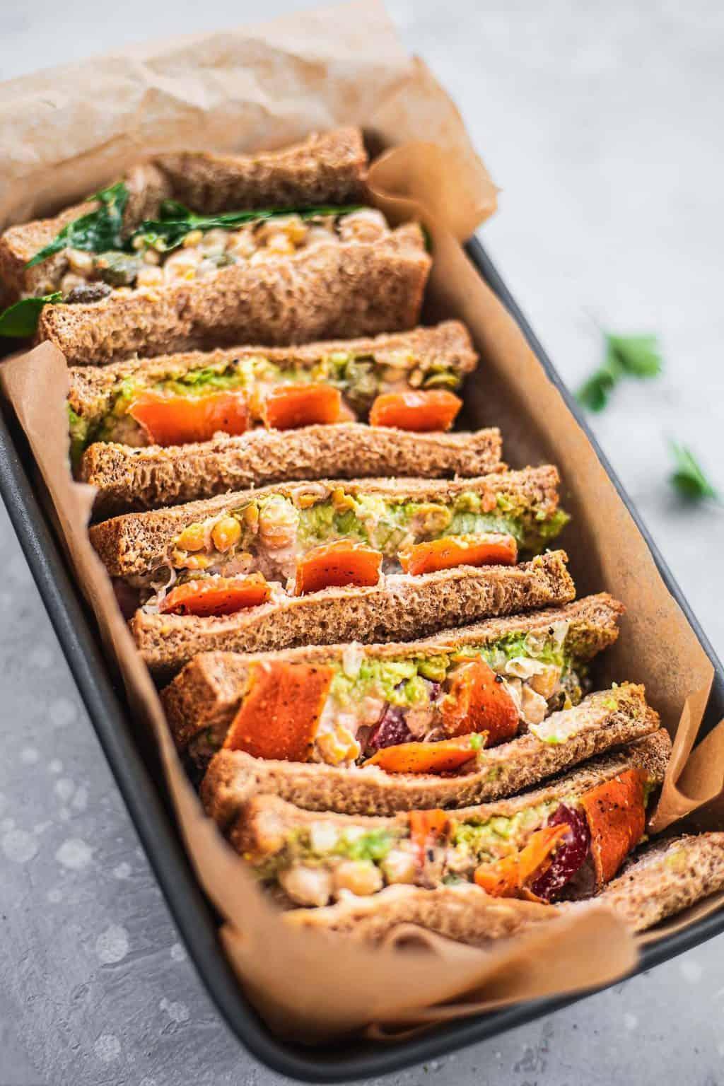 Vegan chickpea salad sandwich no mayo