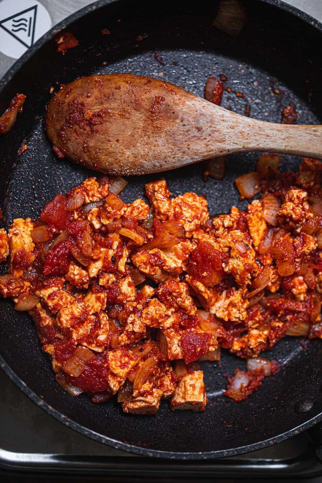 Vegan pizza sauce in a frying pan