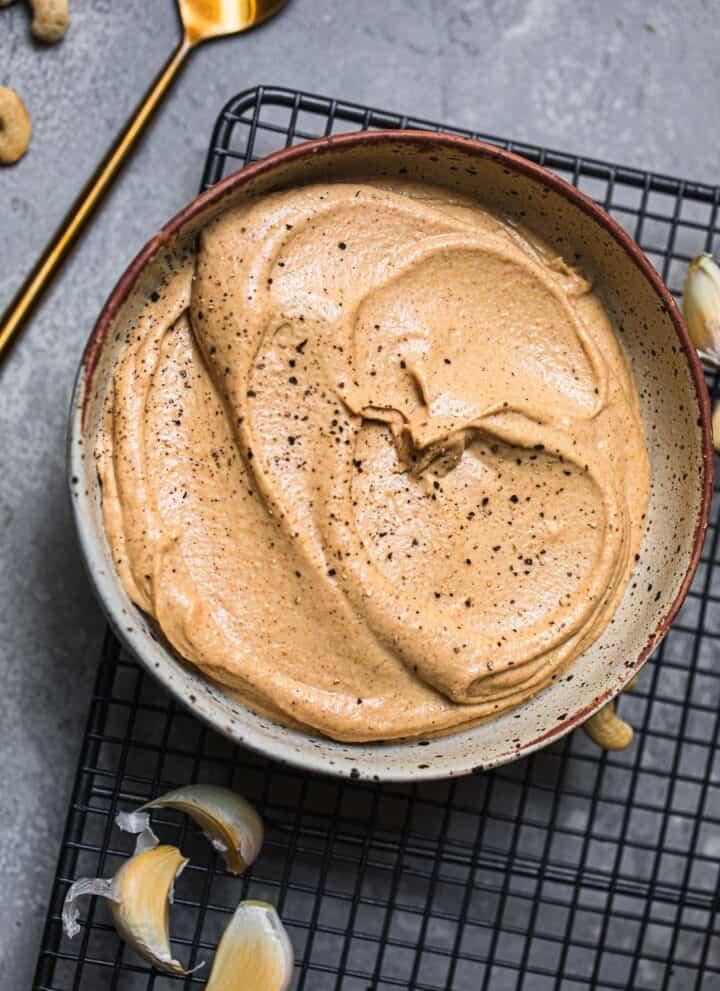 Spicy vegan cashew cream