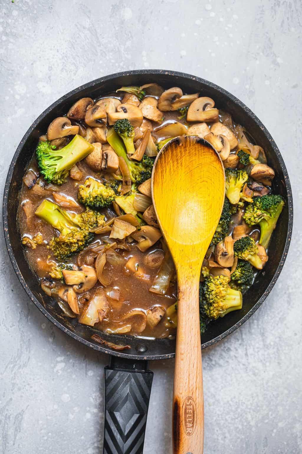 Broccoli soup in a saucepan