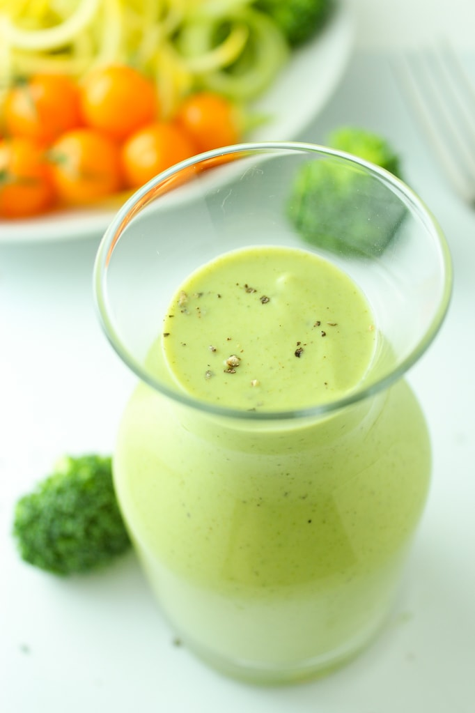 Creamy vegan broccoli sauce