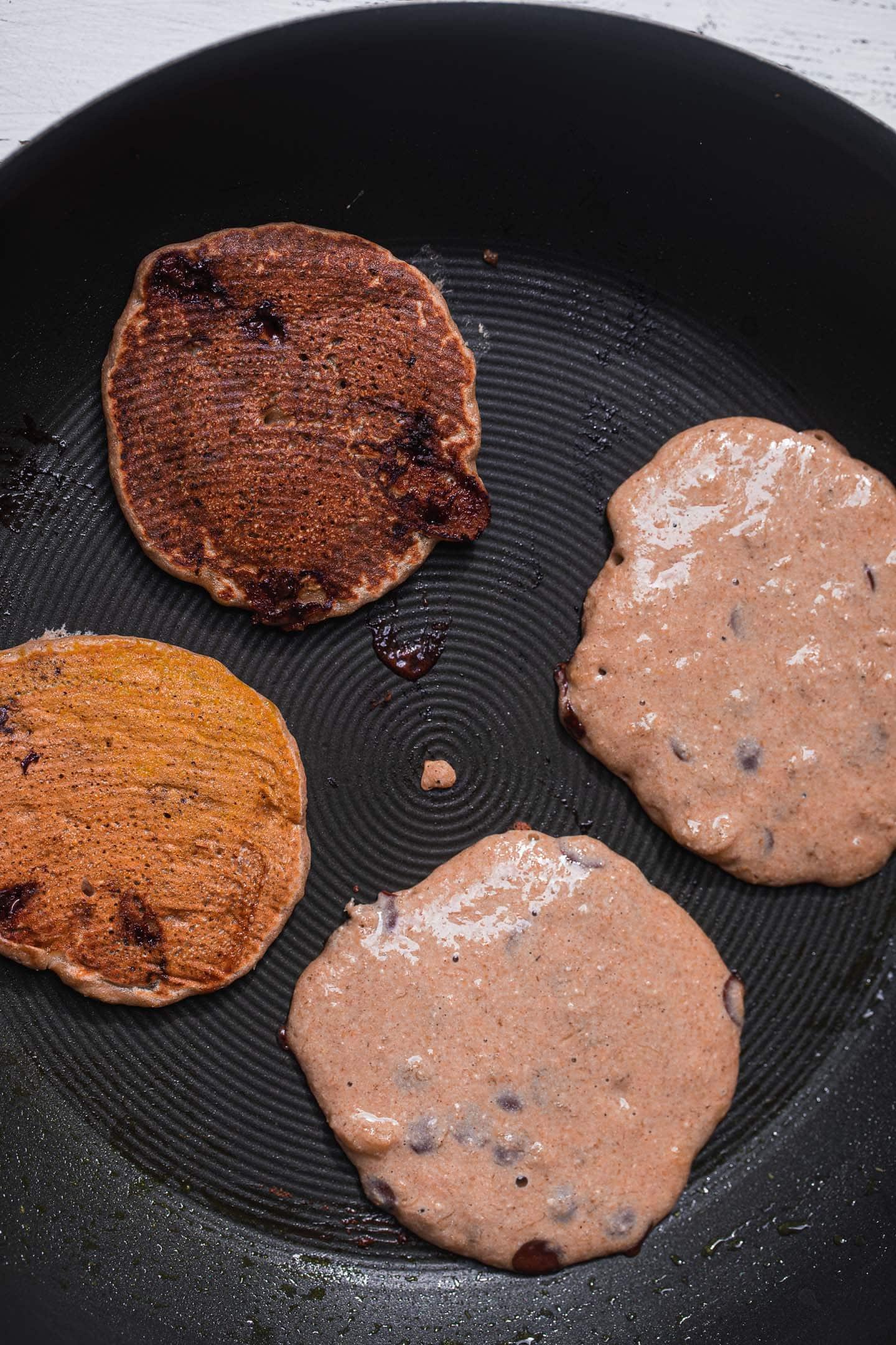 Vegan pancake cooking process