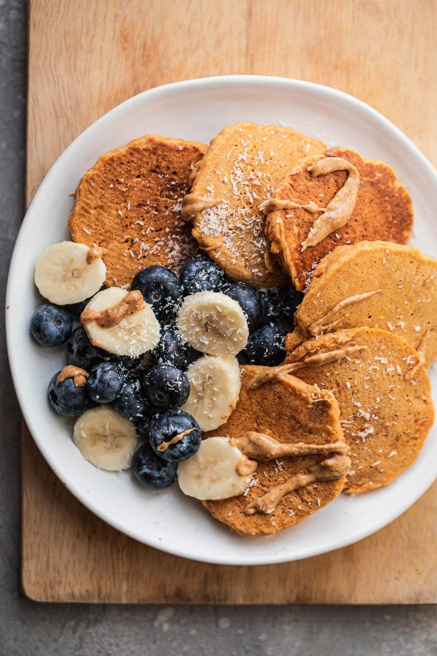 Gluten-free vegan pumpkin pancakes