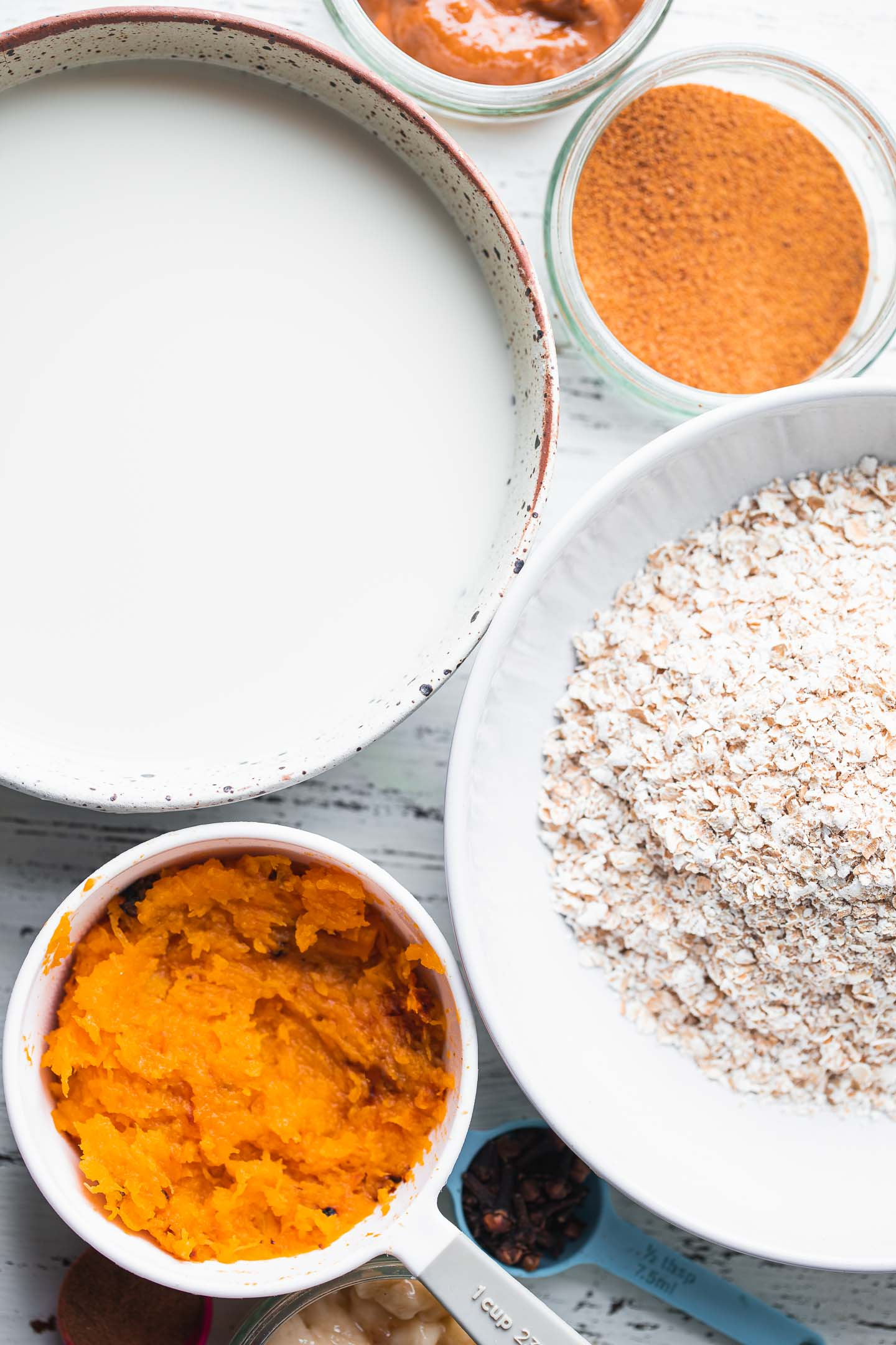 Ingredients for pumpkin baked oatmeal