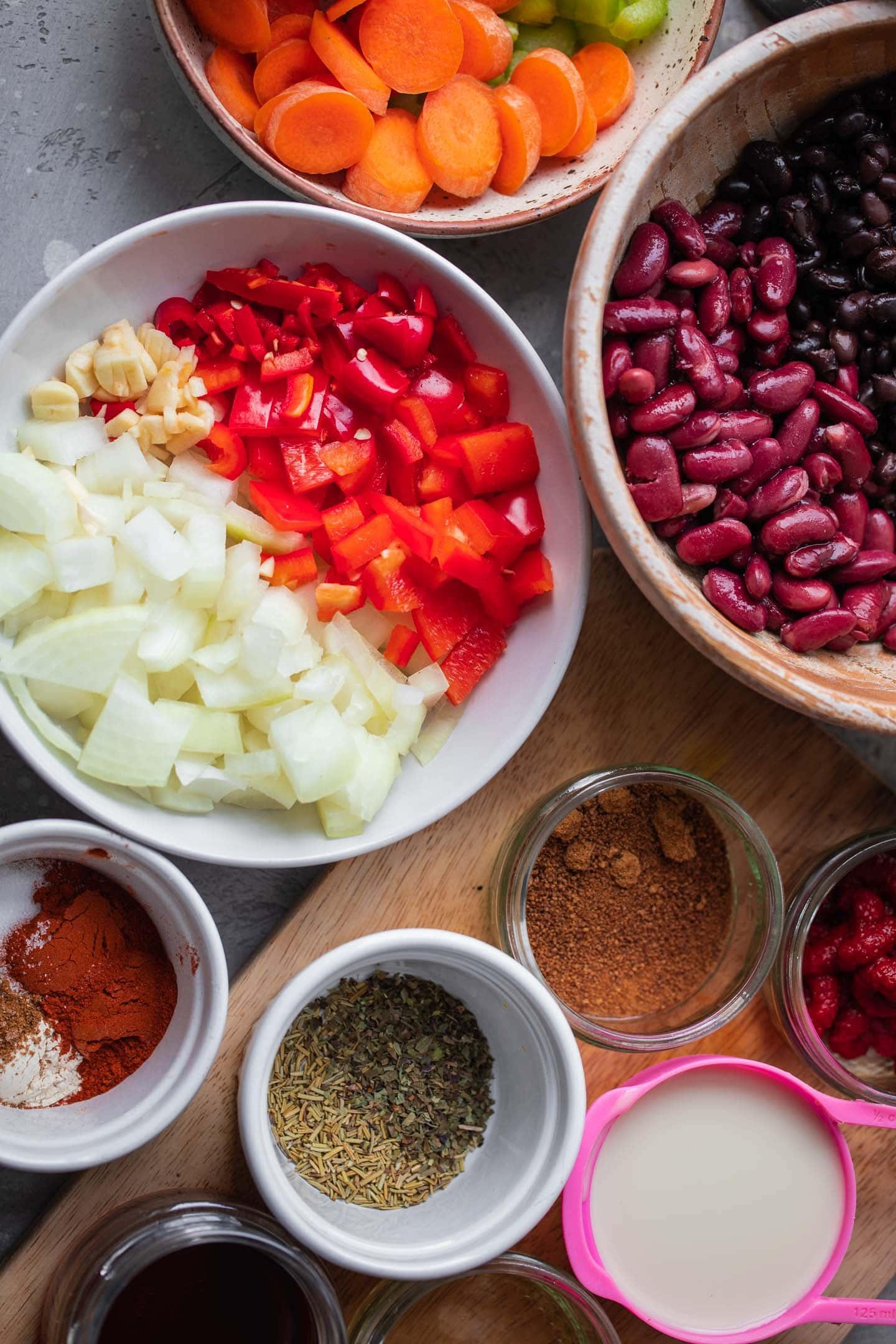 Ingredients for vegan chili