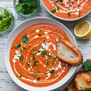 Easy vegan tomato bisque