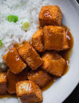 Crispy tofu with rice