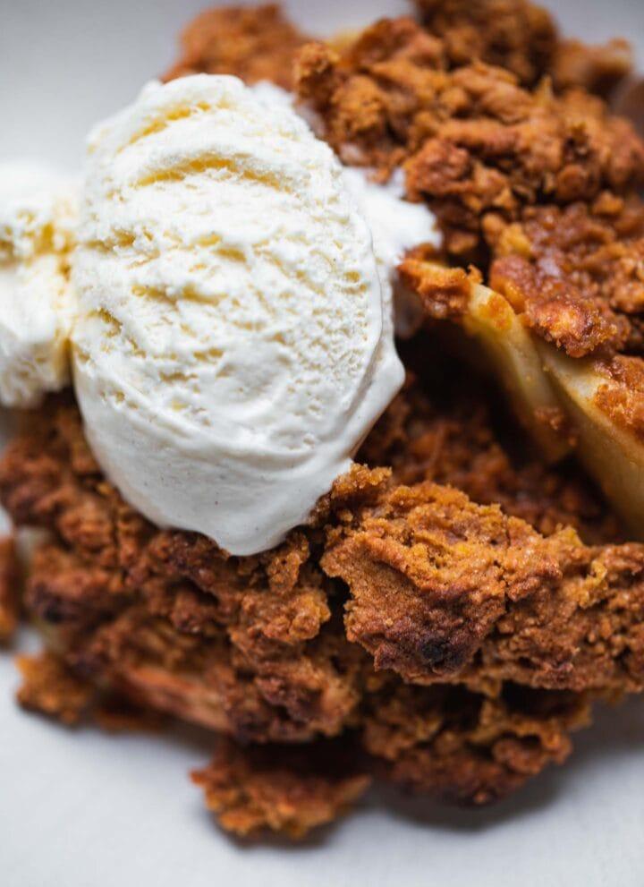 Gluten-free Vegan Apple Crumble-11