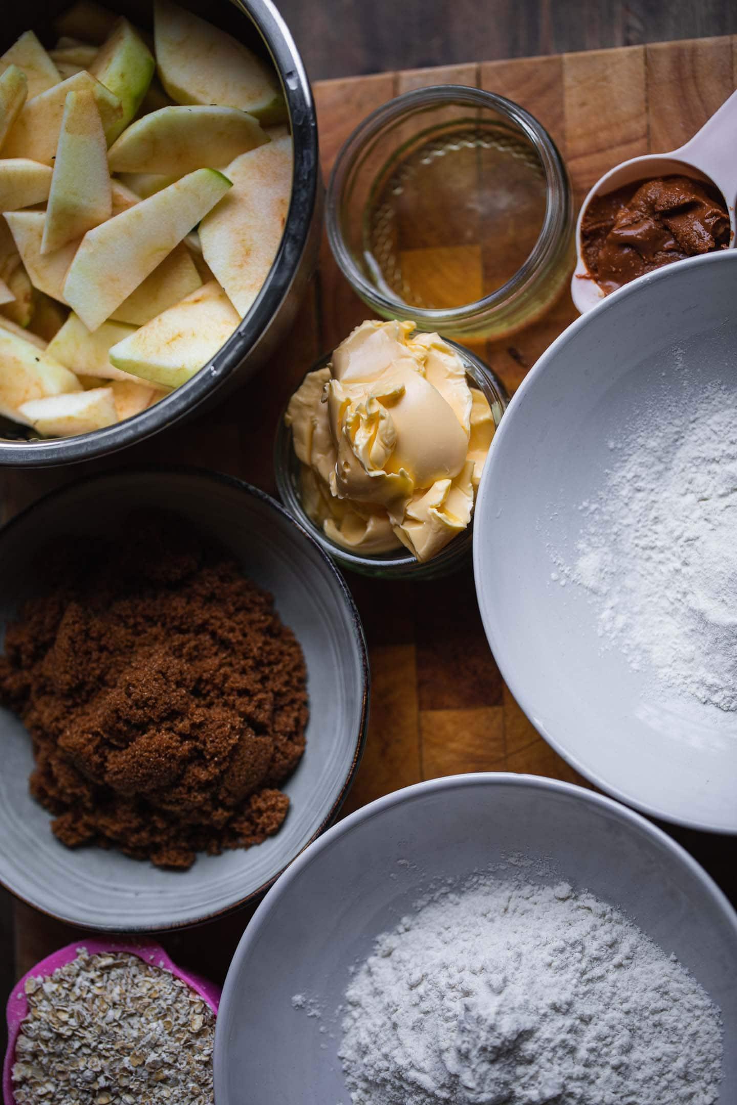 Ingredients for vegan apple crumble
