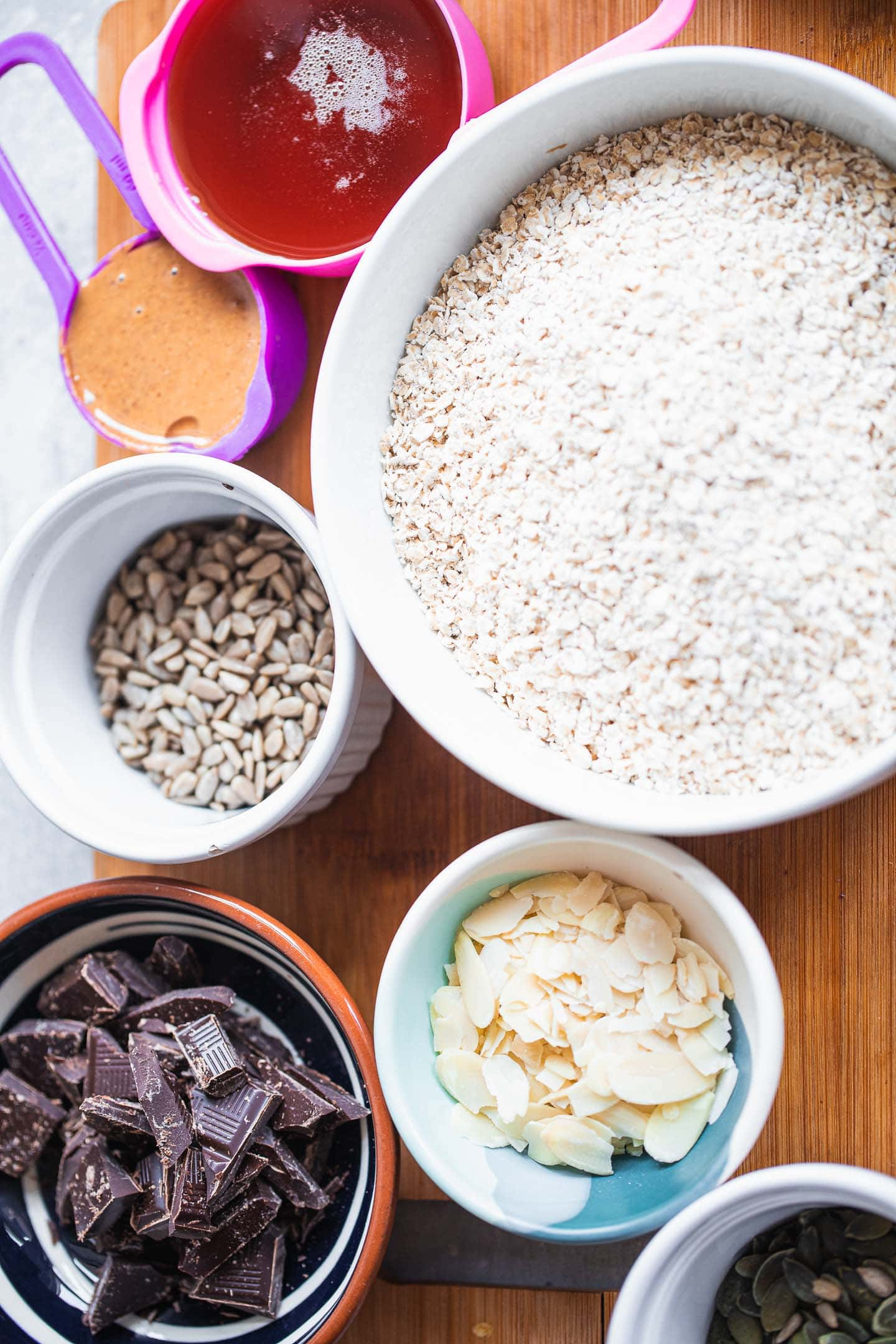 Ingredients for vegan chocolate granola bars