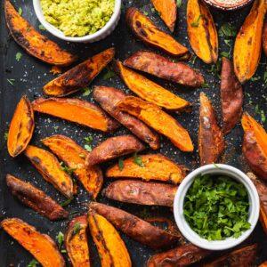 Crispy sweet potato wedges vegan