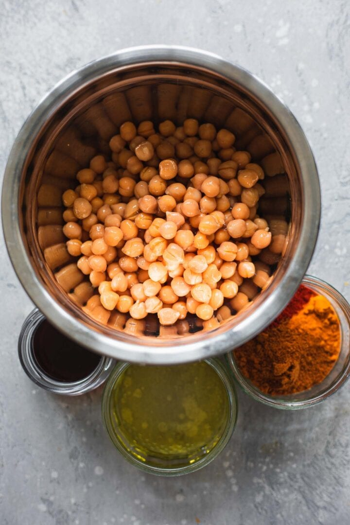 Ingredients for crispy chickpeas