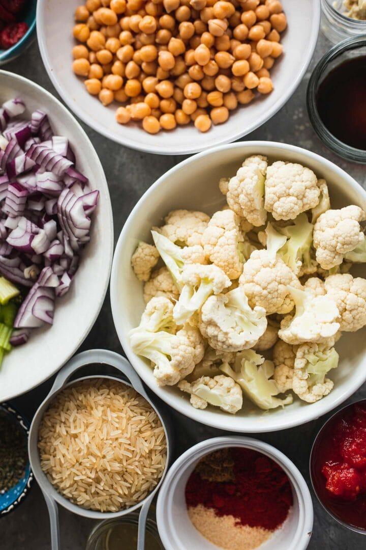 Ingredients for vegan stuffed pepper filling