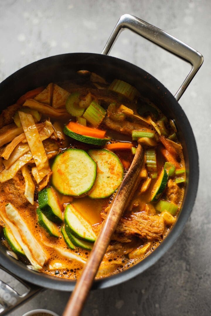Vegan chicken and vegetables in a pan