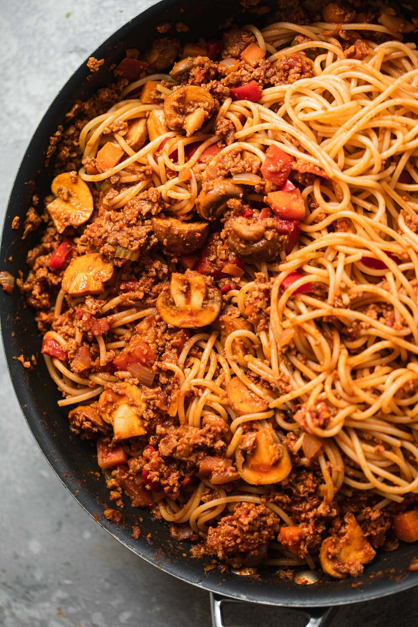 Vegetarian Bolognese with spaghetti in a large pan
