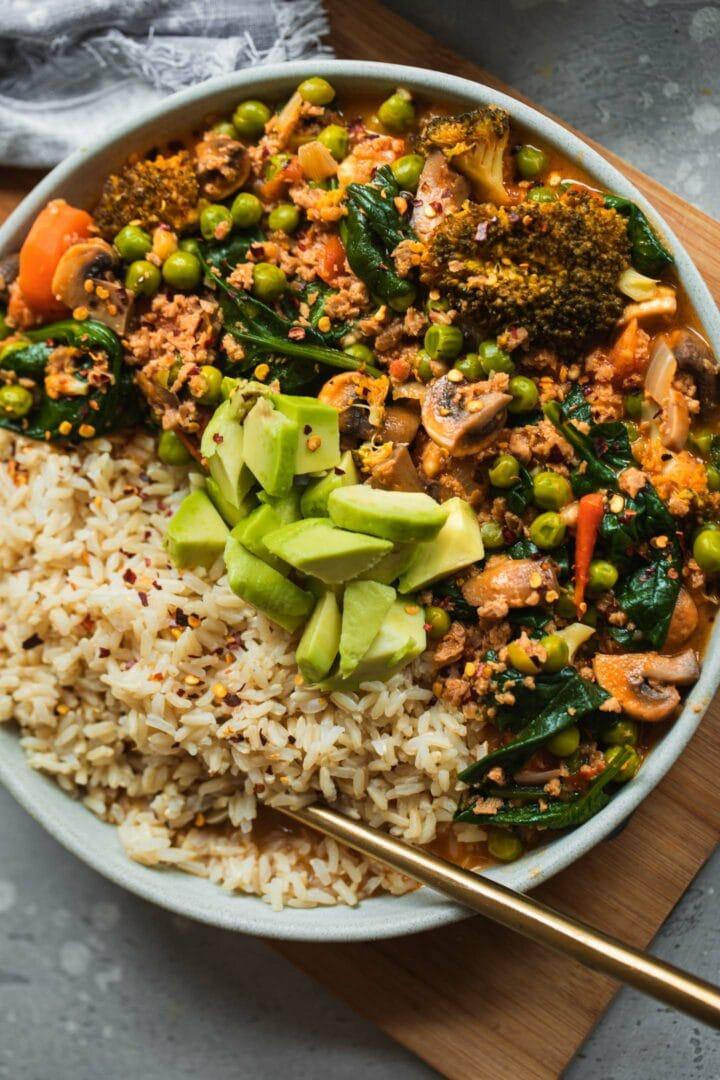 Vegetable and pea stew vegan