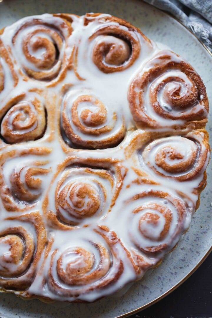 Closeup of vegan cinnamon rolls on a plate