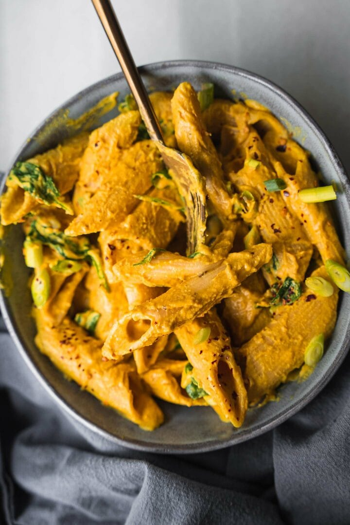 Cheesy vegan pasta in a bowl