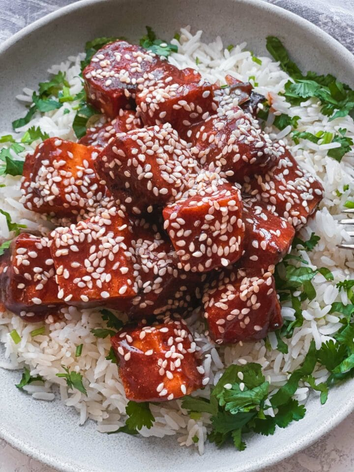 Baked BBQ tofu vegan