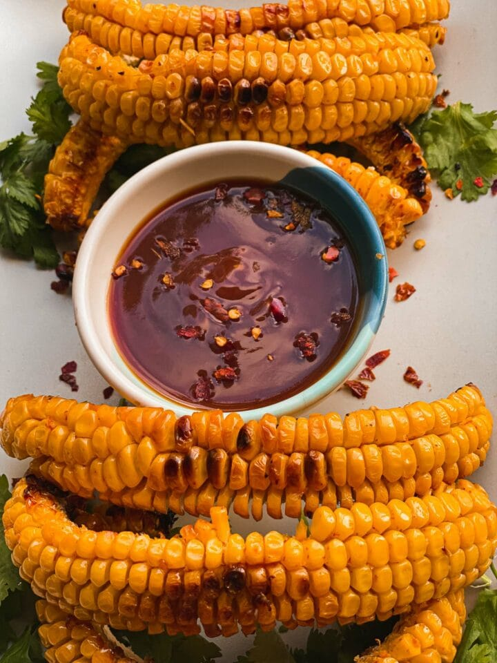 Corn ribs with a spicy dip