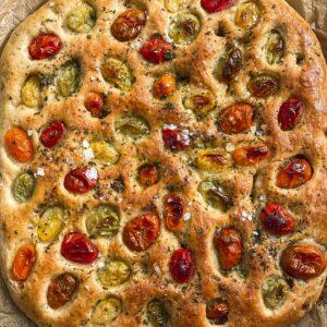 Vegan focaccia with tomatoes