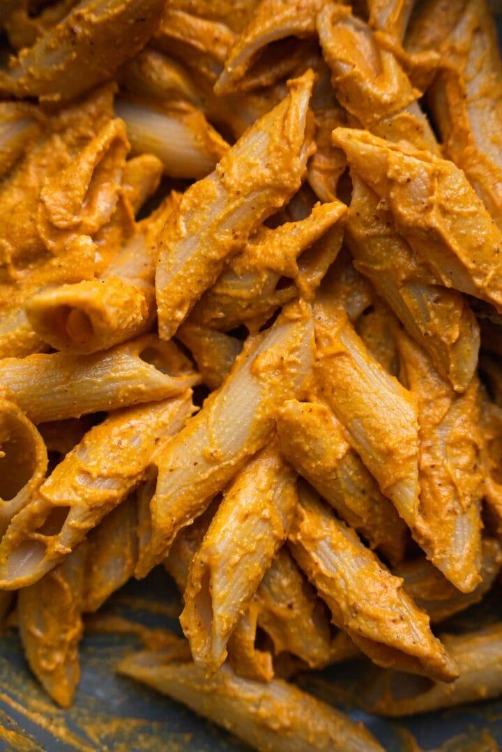 Frying pan with pumpkin pasta