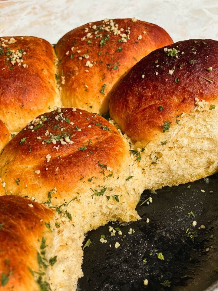 Skillet bread with olive oil